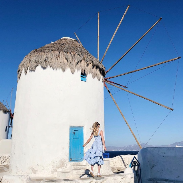 This is what dreams are made of mykonos greece ootd