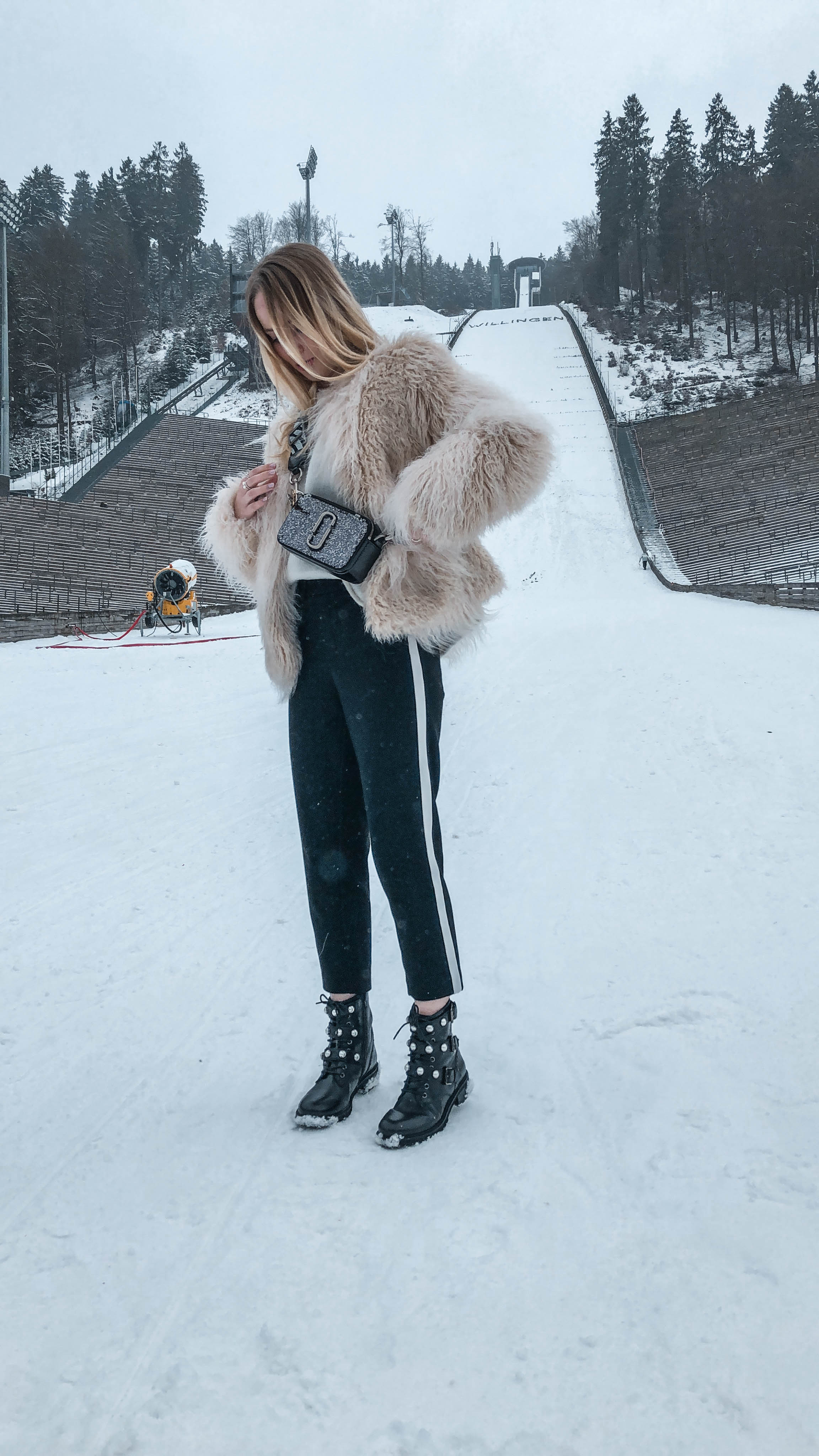 Winter Wonderland - Faux Fur Look - KIM ENGEL